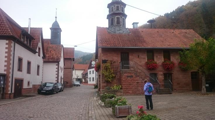 Wandertipp_Croissant_Pfalz_Gräfenhausen_Wildsauweg_Ortsmitte